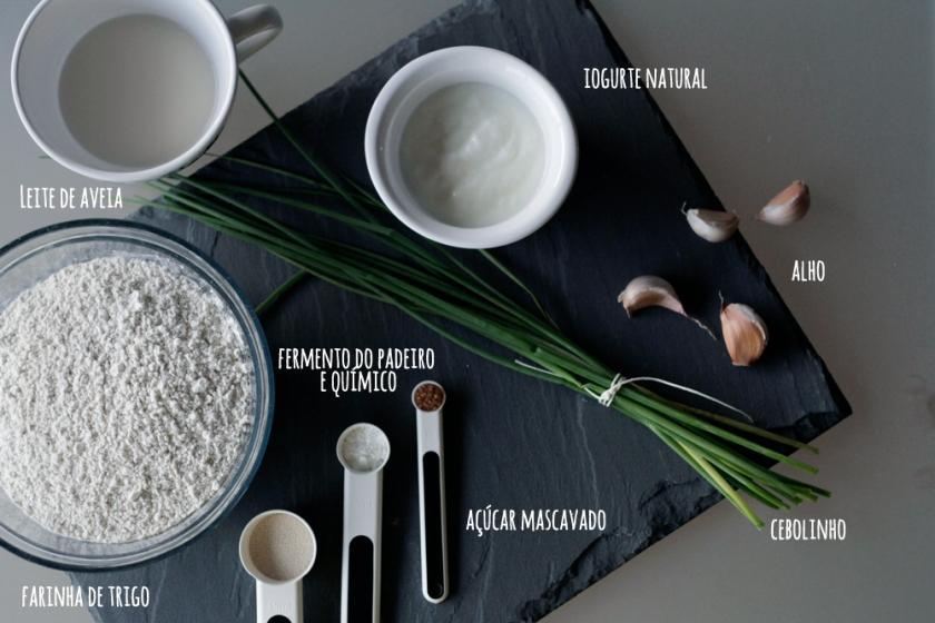 Pão Naan de Alho e Cebolinho :: Naan bread with Garlic and Chives